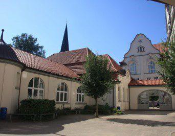 Gemeinde St. Andreas, Bericht von Hadley Heine: