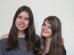 Patinnen der 5d sind Lara (10b) und Carlotta (10b)