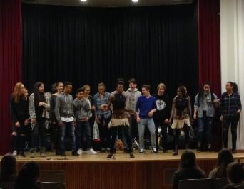 """Das """"hope theatre Nairobi"""" zu Besuch am HLG"""