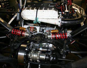Motorblock mit Bierdose? … Besuch beim HAWKS-Racing-Team der HAW