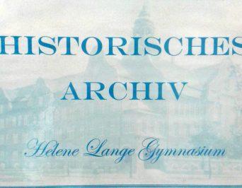 """Der Ehemaligenverein """"möbelt"""" das historische Archiv des HLG auf"""
