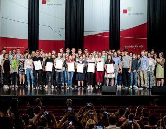"""2. Platz im Bundesfinale """"Jugend debattiert"""" für Emma Hansen"""