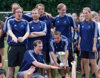Lehrermannschaft feiert Sieg des Brigitte-Cornelius-Pokals 2018